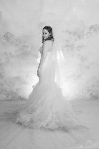 Timelessly Classic Bridal Pose